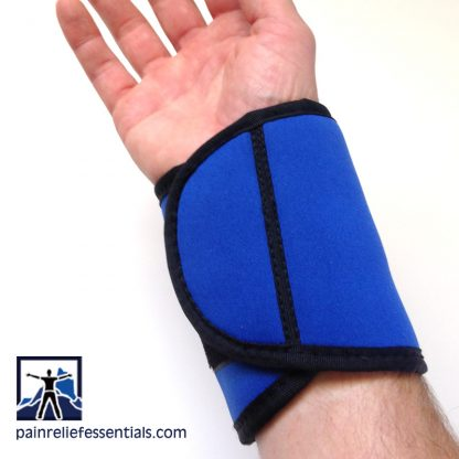 Showing closer for cordless infrared heating wrist wrap